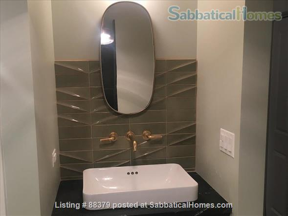 Beautiful Private Unit in Vintage home near Chicago Lakefront, NU, and Loyola Home Rental in Chicago, Illinois, United States 7