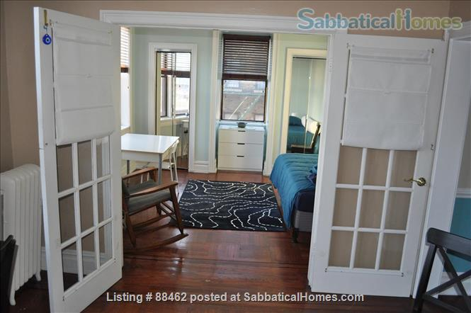 Sunny Spacious Apartment 20 minutes from Midtown Manhattan Home Rental in West New York, New Jersey, United States 3