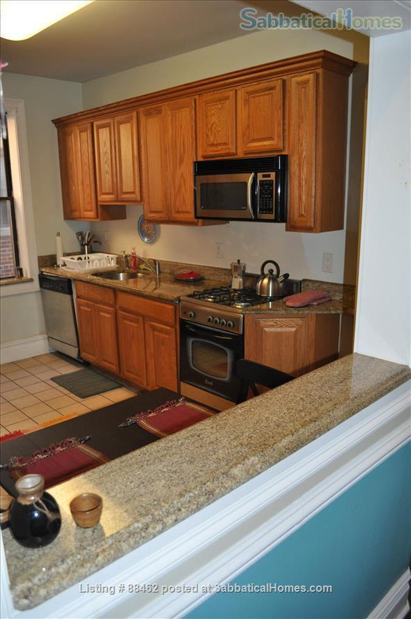 Sunny Spacious Apartment 20 minutes from Midtown Manhattan Home Rental in West New York, New Jersey, United States 7