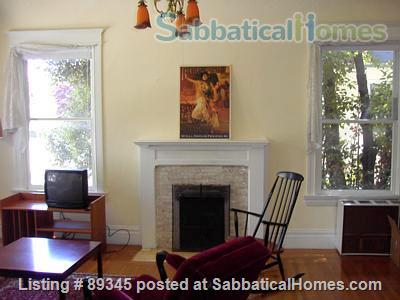 Beautiful Victorian duplex walking distance to UC Berkeley! Home Rental in Berkeley, California, United States 1