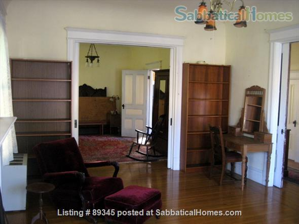 Beautiful Victorian duplex walking distance to UC Berkeley! Home Rental in Berkeley, California, United States 2