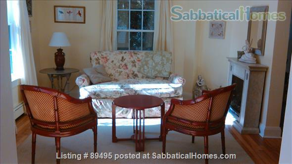 Comfortable home in lovely Port Dalhousie neighbourhood of St. Catharines in Niagara region Home Rental in St Catharines, Ontario, Canada 0