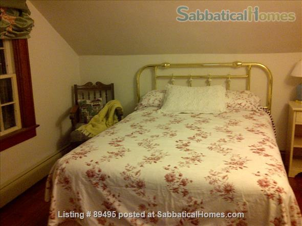 Comfortable home in lovely Port Dalhousie neighbourhood of St. Catharines in Niagara region Home Rental in St Catharines, Ontario, Canada 6