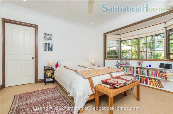 Family home in a bush setting close to The University of Queensland & schools. 3 bedroom, library, music room, study + Pool, privacy, space. Home Rental in Brisbane 6