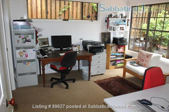 Family home in a bush setting close to The University of Queensland & schools. 3 bedroom, library, music room, study + Pool, privacy, space. Home Rental in Brisbane, QLD, Australia 8