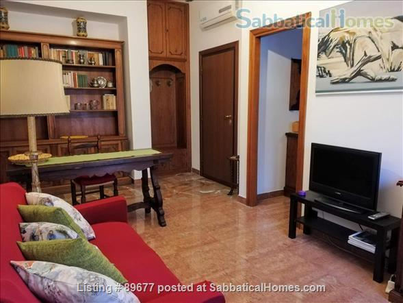 ROME'S QUIET RETREAT Home Rental in Rome, Lazio, Italy 2