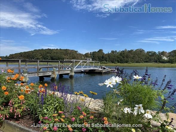 Waterfront Spectacular 3 Bedroom Home With Dock! Minutes to Yale New Haven, SCSU, Quinnipiac Home Rental in East Haven, Connecticut, United States 0