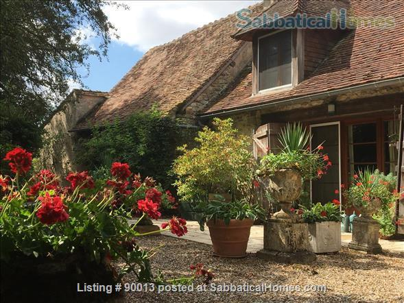 PERFECT PEACE AND QUIET IN THE FRENCH COUNTRYSIDE Home Exchange in Journet, Nouvelle-Aquitaine, France 1