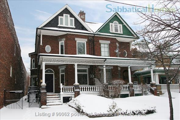 College St & Dovercourt Rd - Renovated 1-bed apartment in fantastic location Home Rental in Toronto, Ontario, Canada 7