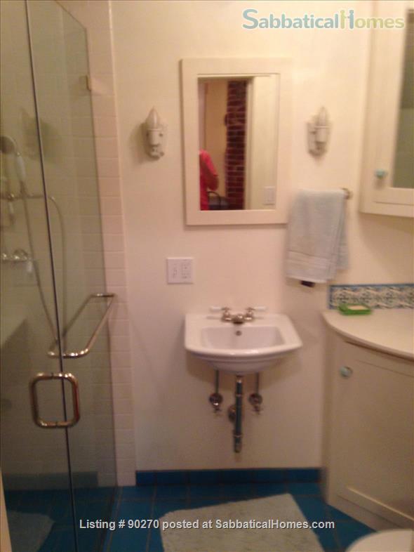 1 bedroom 1 bathroom ground floor apartment Home Rental in Berkeley, California, United States 4
