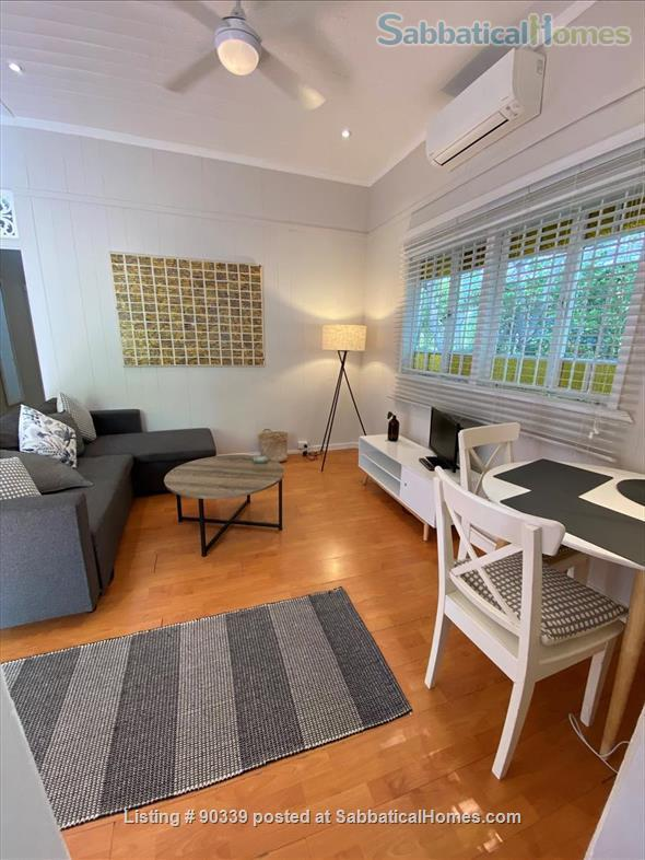 Apartment in historic, traditional 'Queenslander' house, near to the city of Brisbane Home Rental in Highgate Hill, QLD, Australia 6