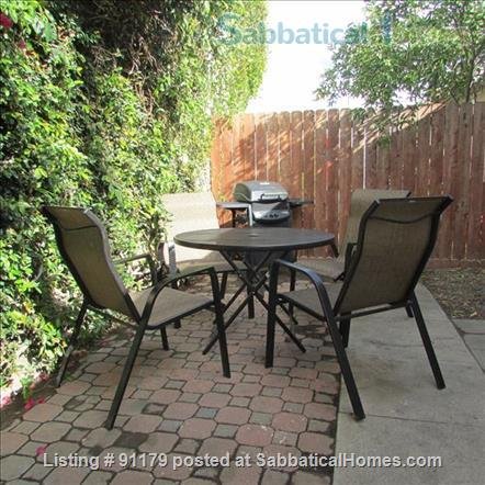 Caltech/Huntington/Central Pasadena, Tranquil, Loaded with Charm & Comforts Home Rental in Pasadena, California, United States 3