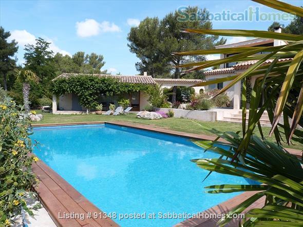 Very nice property, 4km d'Aix en Provence  Home Rental in Saint-Marc-Jaumegarde, Provence-Alpes-Côte d'Azur, France 1