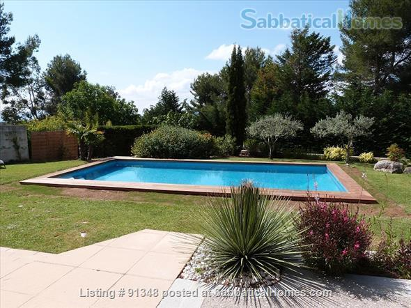 Very nice property, 4km d'Aix en Provence  Home Rental in Saint-Marc-Jaumegarde, Provence-Alpes-Côte d'Azur, France 0