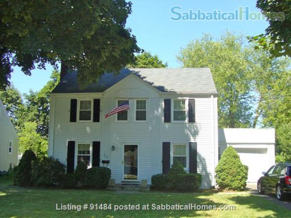 Lovely 3BR/1.5BA home. FURNISHED with UTILITIES. Great location. Home Rental in West Hartford, Connecticut, United States 1