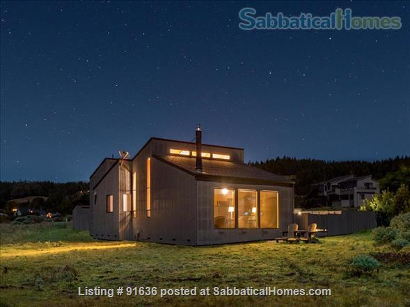 Sea Ranch Abalone Bay Ocean Front Retreat Beckons the Muse Home Rental in Sea Ranch, California, United States 3