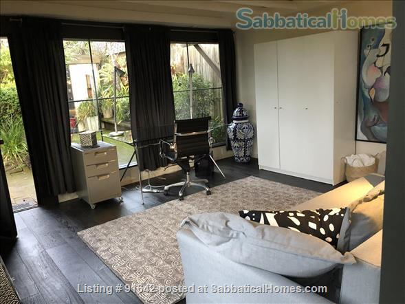Furnished Writer's Retreat guest house  -    with Private Garden - Walk to UC Berkeley Campus.  Home Rental in Berkeley, California, United States 2