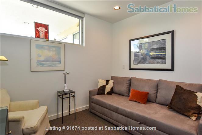 Elegant, modern condo near downtown Houston Home Rental in Houston, Texas, United States 5