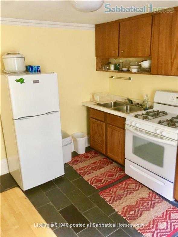 A Classic Apartment on Madison's Isthmus--1.5 mi to UW Campus Home Rental in Madison, Wisconsin, United States 7