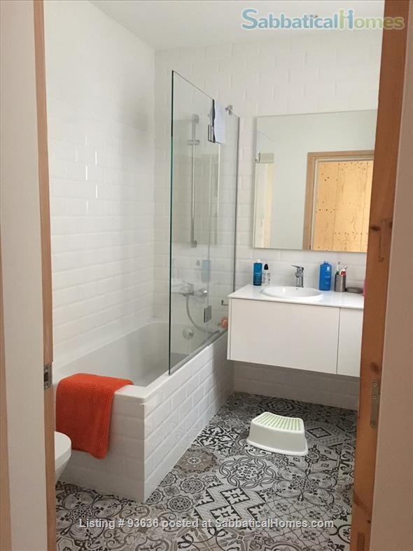 Spacious, bright, and renovated 135m2 3-Bedroom Apartment next to Arc de Triumph, Barcelona, Spain Home Rental in Barcelona, Catalunya, Spain 9