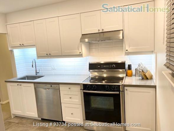 May 1 2021- Sunnybrook ! Kitchen and bath just renovated!  2 BEDROOM FURNISHED  -WALK TO SUNNYBROOK, YONGE LAWRENCE VILLAGE Home Rental in Toronto, Ontario, Canada 1