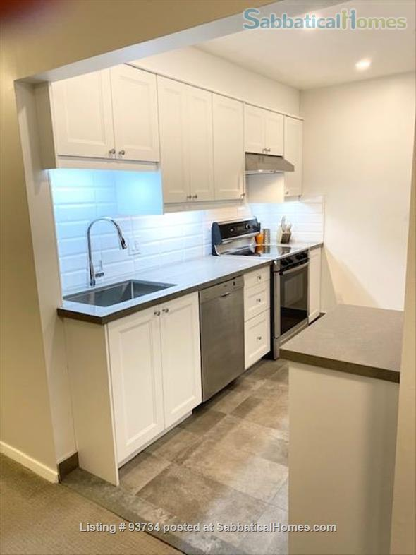 May 1 2021- Sunnybrook ! Kitchen and bath just renovated!  2 BEDROOM FURNISHED  -WALK TO SUNNYBROOK, YONGE LAWRENCE VILLAGE Home Rental in Toronto, Ontario, Canada 0