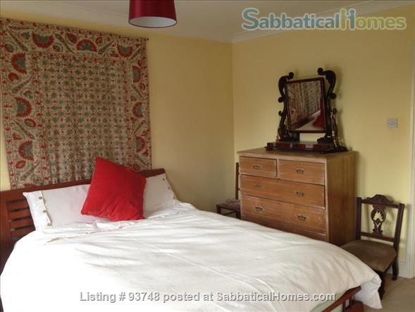 Riverside home in central Oxford with open green views Home Rental in Oxfordshire, England, United Kingdom 4
