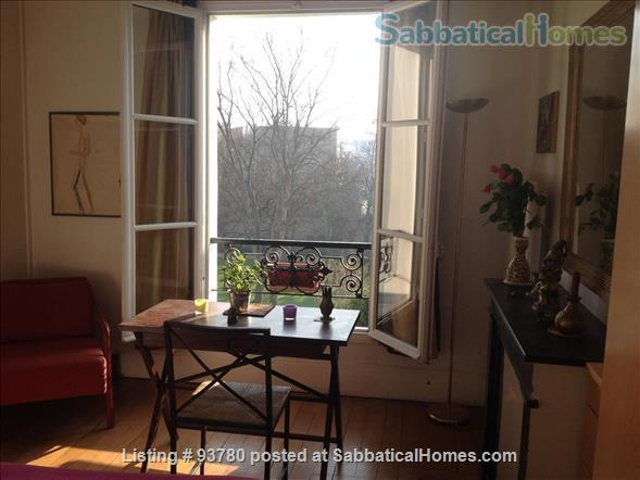 Central Chic Paris Apartment with Stunning View  (7th arrondissement) Home Rental in Paris, Île-de-France, France 2