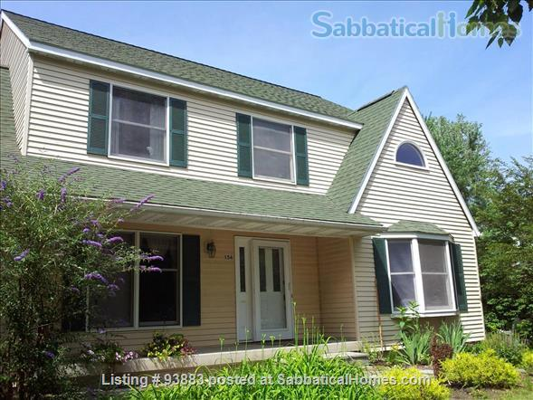 Beautiful Spacious Furnished Home, 4-bdrm, 4300 sq ft, Near Cornell Home Exchange in Ithaca, New York, United States 1