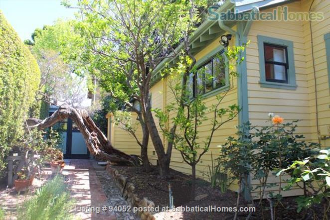 Elegant Cottage within walking distance to Oak Park Home Rental in Santa Barbara, California, United States 2