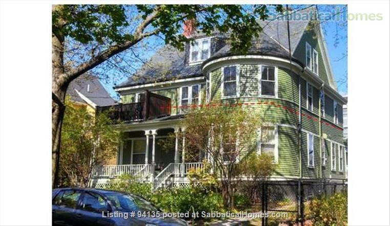 Large condo 2 bd + office, 1.5 bath, parking, fully furnished, WiFi, - close to Harvard Sq.  Home Rental in Cambridge, Massachusetts, United States 9