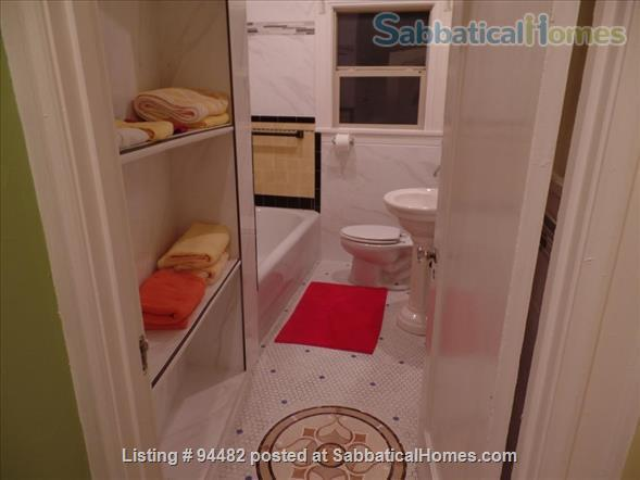 Spacious & Colorful 1 BR Apartment  - College Avenue  Home Rental in Berkeley, California, United States 4