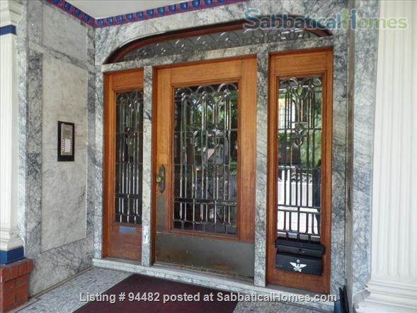 Spacious & Colorful 1 BR Apartment  - College Avenue  Home Rental in Berkeley, California, United States 7