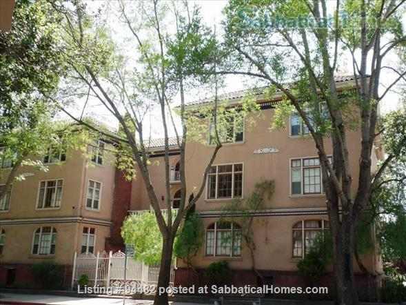 Spacious & Colorful 1 BR Apartment  - College Avenue  Home Rental in Berkeley, California, United States 8
