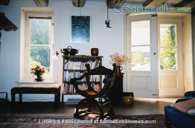 Beautiful flat in 17th c. building Home Rental in Amsterdam, NH, Netherlands 5