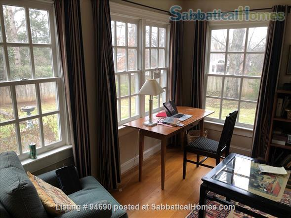 CHARLOTTESVILLE, VA:  LOVELY BRICK HOUSE NEAR UNIVERSITY Home Rental in Charlottesville, Virginia, United States 9