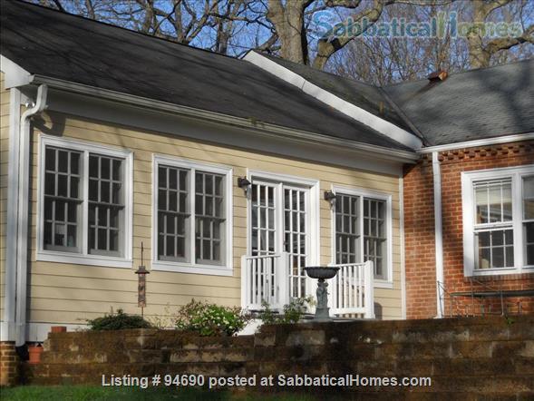 CHARLOTTESVILLE, VA:  LOVELY BRICK HOUSE NEAR UNIVERSITY Home Rental in Charlottesville, Virginia, United States 3
