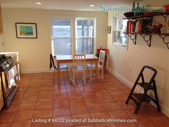 Furnished 2-bedroom condo in Cambridge - great location! Home Rental in Cambridge, Massachusetts, United States 3
