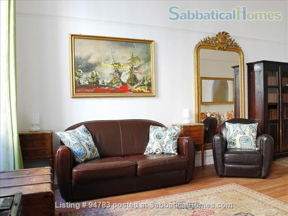 3 bedroom family apartment in the heart of Old Nice Home Rental in Nice, Provence-Alpes-Côte d'Azur, France 0