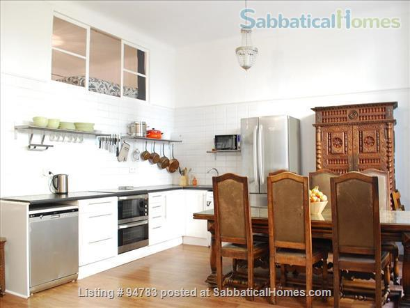 3 bedroom family apartment in the heart of Old Nice Home Rental in Nice, Provence-Alpes-Côte d'Azur, France 2