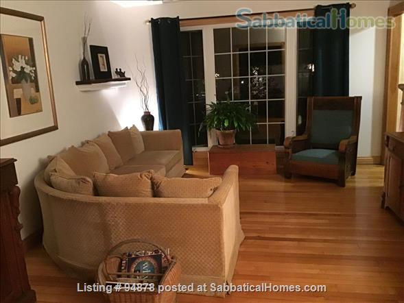 Cosy, bright home in North West London Home Rental in London, Ontario, Canada 1