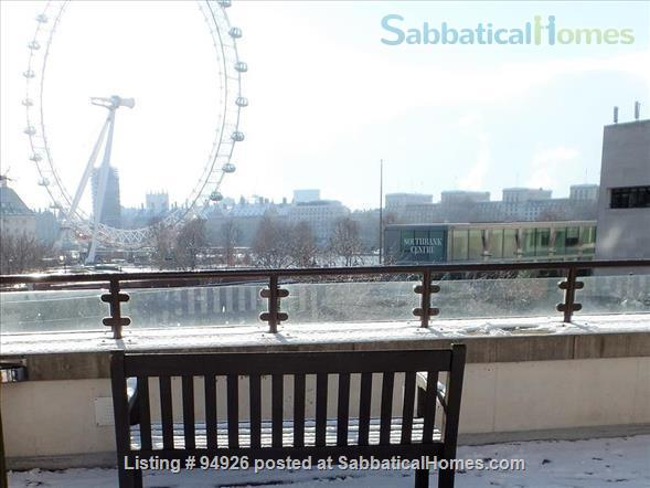 Probably the most central place in London ? Welcome to our bright, comfortable flat in South Bank, Westminster! Air Cooling, 2beds en suite, triple glazing. Super Leisure Center, weekly cleaner included. Home Rental in London, England, United Kingdom 3