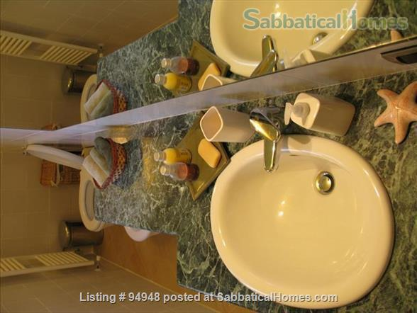 Piazza Santa Croce Apartment Home Rental in Florence, Toscana, Italy 4