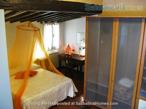 Piazza Santa Croce Apartment Home Rental in Florence, Toscana, Italy 8