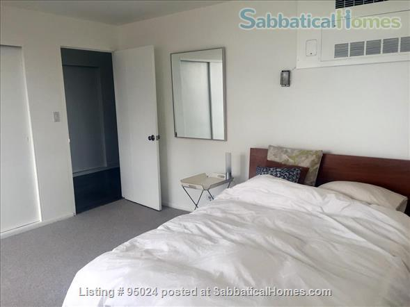 Sunny and quiet condo on the beach in Edgewater, Chicago Home Rental in Chicago, Illinois, United States 4