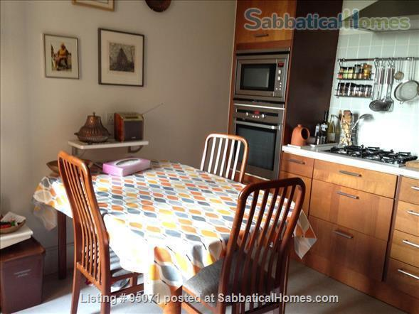 Beautiful room near Archway/Highgate in comfy quiet and SAFE home w. views over London Home Rental in Greater London, England, United Kingdom 2