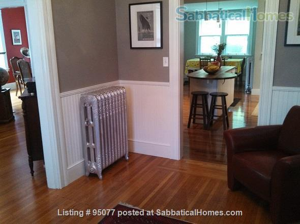 A picturesque Victorian home available for summer rental Home Rental in Melrose, Massachusetts, United States 4