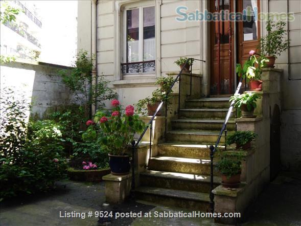 Studio+  in a small private house on  Montmartre hill  Home Rental in Paris, Île-de-France, France 9
