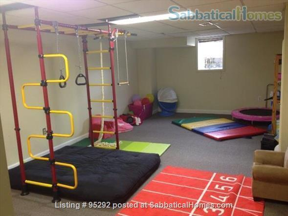 Beautiful Family House on the West Side 10-12 months (Aug 2021 - Aug 2022) Home Rental in Ann Arbor, Michigan, United States 8