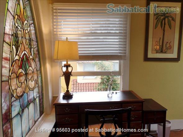 3 BR 2 BA Tudor Townhome on Tree-Lined Northside Street 6 min to Campus Home Rental in Berkeley, California, United States 7